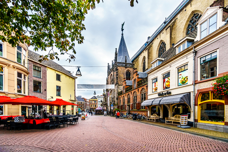 Zwolle, Overijselthe Netherlands - Oct. 4, 2018: The center square, named Grote Plein, in the historic hanseatic city of Zwolle Redactioneel