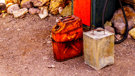 Vintage Jerrycans used in several old movies are still on display in the old mining town of El Dorado in the Eldorado Canyon in the Nevada Desert Editoriali