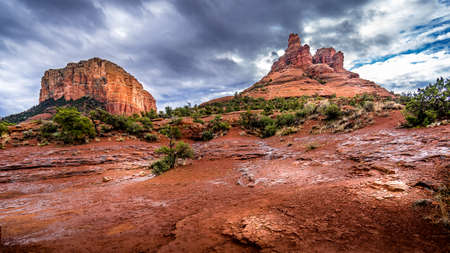 Bell Rock and Courthouse Butte, famous red rocks between the Village of Oak Creek and Sedona in northern Arizona's Coconino National Forest, USA