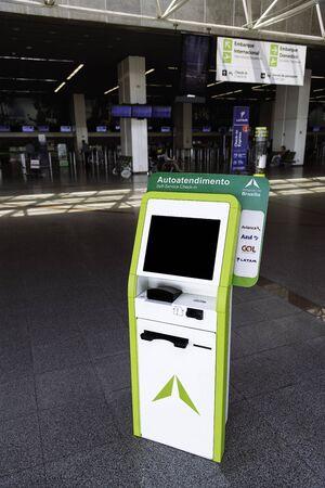 Inframerica's information kiosk at Brasilia's International Airport.