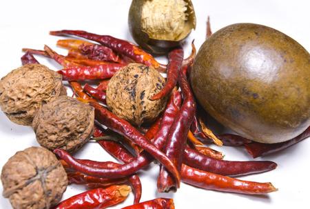 hard component: Walnut , Chili & Siraitia grosvenorii