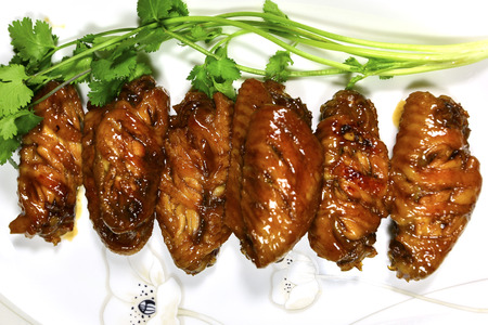 fried chicken wings: Cola chicken wings, fried chicken wings, grilled chicken wings