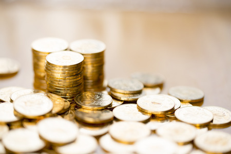 bonanza: Pile up the gold COINS on the table