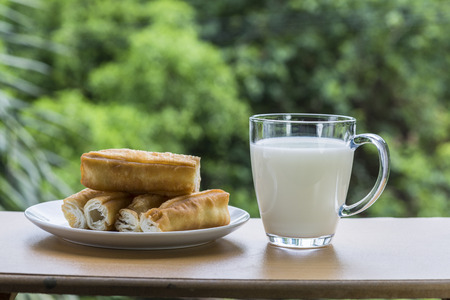 simple life: Fried dough sticks and soybean milk