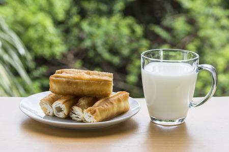 Fried dough sticks and soybean milk