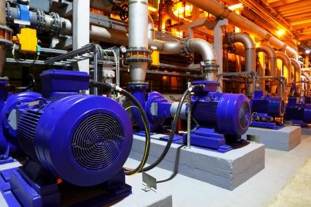 bomba de gasolina: F�brica de equipos