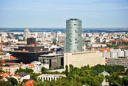 Die bekanntesten Gebäude dominieren die Stadt Bratislava
