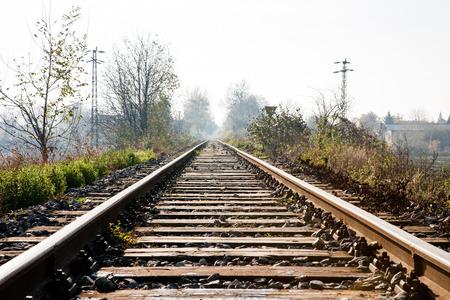 campagne rural: Les voies ferr�es � travers la campagne rurale en Slovaquie