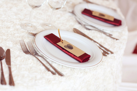 Table setting for a wedding day photo