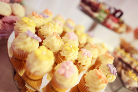 chocolaty: Cupcakes with flowers