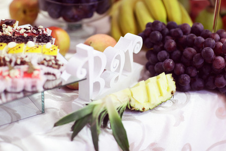 chocolaty: Candy bar with fruits and cakes