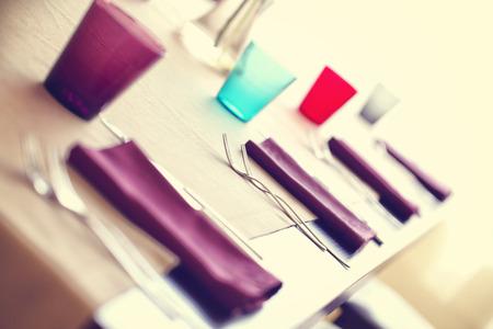 servilletas: Configuración del vector con las servilletas de color púrpura