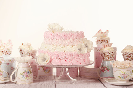 ombre cake: Candy Bar