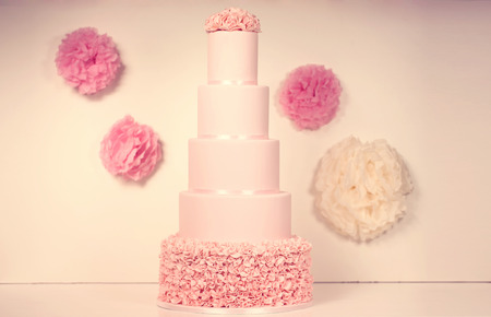 ombre cake: pink marzipan wedding cake Stock Photo