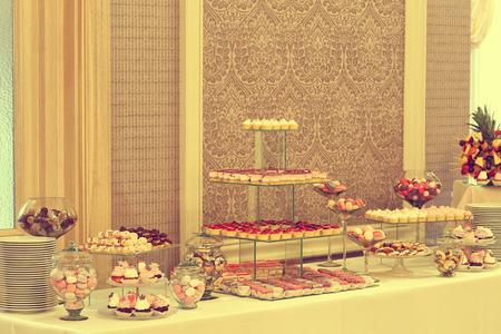 ombre cake: Delicious candy bar