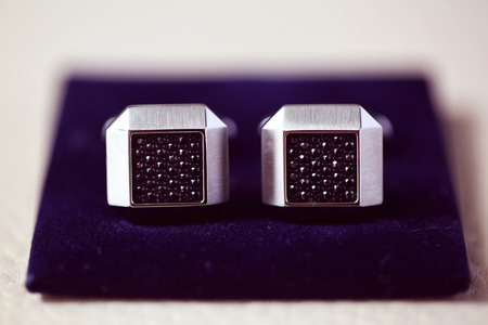 cuff: Elegant cuff links for the groom