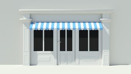 Sunny Shopfront met grote ramen White winkel gevel met blauwe en witte luifels Stockfoto
