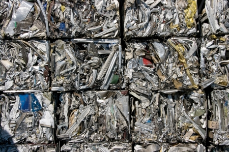 compressions: Aluminum bales for recycling Stock Photo