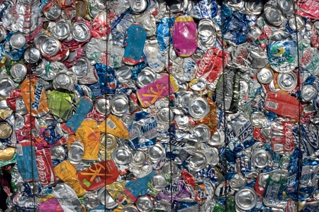 compressions: A bale of aluminum cans for recycling - In the US