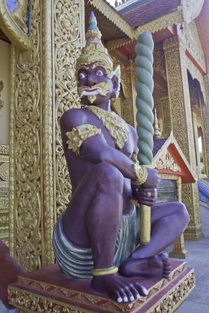 leu: demonio: il protettore si prepara con la sua azienda arma leu Dai monasteri, jinghon, sibsonpanna, Cina