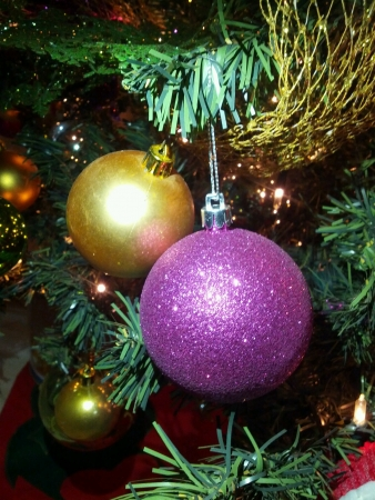 Golden purple christmas balls