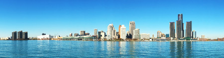 デトロイト、ミシガン州のスカイラインのパノラマ