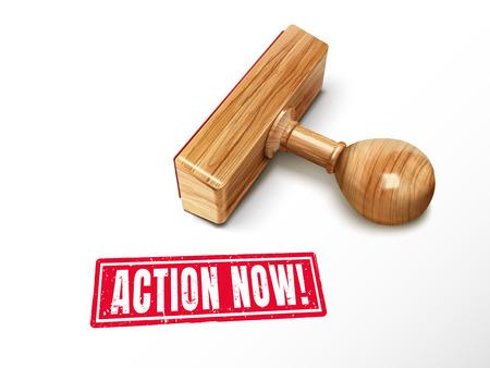 Actie nu rode tekst met het liggen houten zegel, 3d illustratie