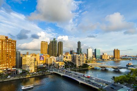 高雄、台湾、2016 年 5 月 1 日: 南部には台湾に位置し、港湾都市は、近年急速に発達した、多くの外国人観光客は、高雄で遊びに来ています。