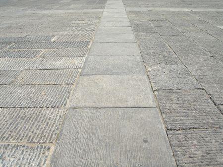 flagging: 石板路