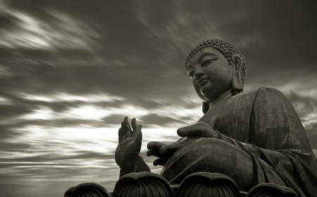bouddha: Tian Tan Bouddha � Hong Kong Banque d'images