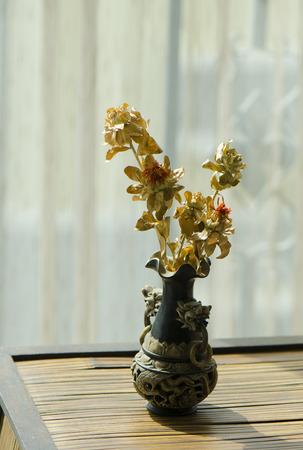 dried flower arrangement: vase