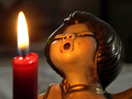 angel sings in candlelight Stock Photo - 7993040