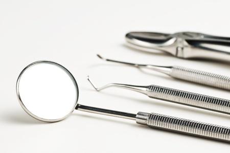 dental instruments photo