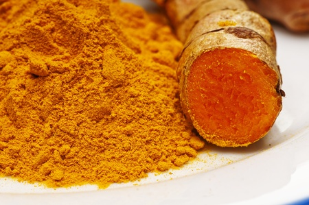 turmeric: turmeric, root and powder Stock Photo