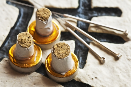 moxibustion: Moxa cones and acupuncture needles