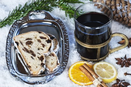 christmas stollen and hot wine punch Stock Photo - 16885999