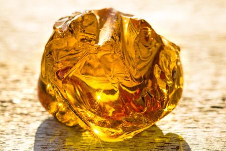 gem stones: Amber