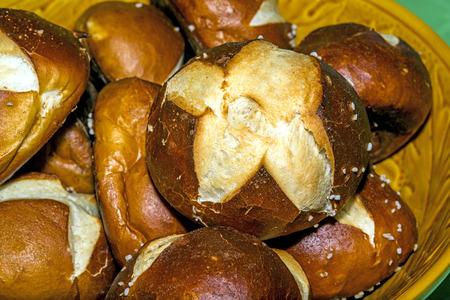 lye: German bun with lye