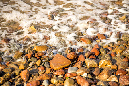 surf of the Balti sea on pebbles Standard-Bild - 119602922