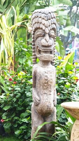 tallado en madera: talla de madera Foto de archivo