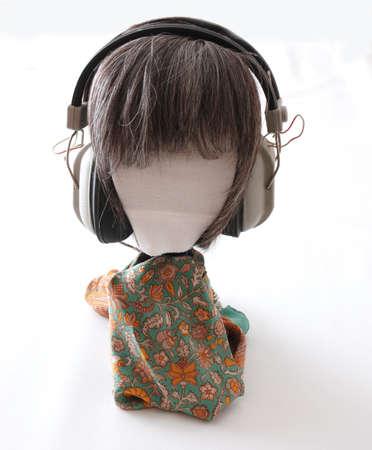Head with earphones 版權商用圖片