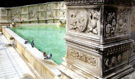 Gaia fountain in Siena 版權商用圖片