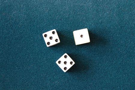 tyrowing die on green carpet