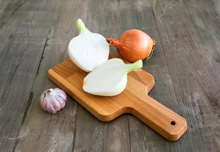 vegetate: Onions and garlic Stock Photo
