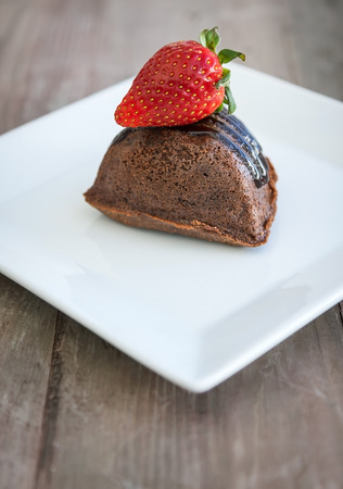 tast: Cakes and strawberryes