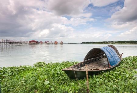 bangladesh: bangladesh boat