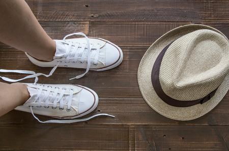 pieds sales: espadrilles couleurs de tissu
