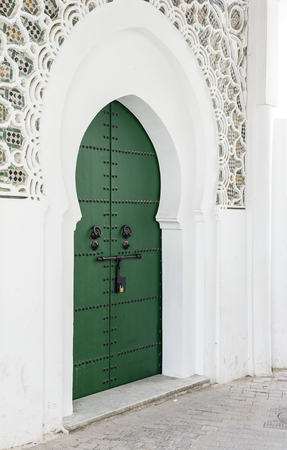 Streets, corners, details and corners of Tanger.Morocco. Doors, windows, typical architecture Arabic Standard-Bild - 96953417