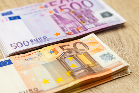 euro notes: five hundred and fifty euro notes
