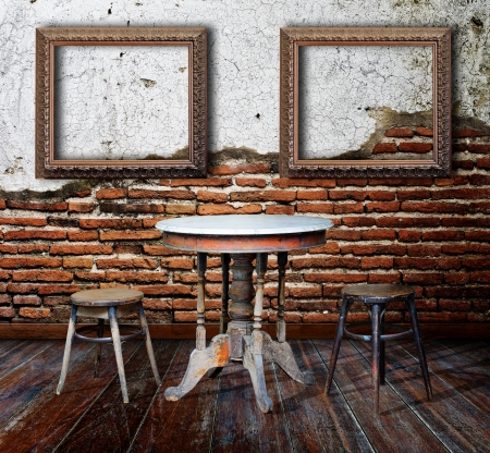 Picture frame and furniture in grunge room Stock fotó - 15190893